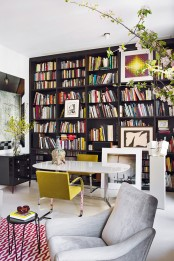 stand-out-modern-home-in-a-mix-of-bold-colors-3