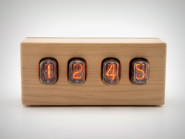 Steampunk Nixie Clock That Requires Little Power