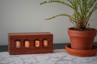 steampunk-nixie-clock-that-requires-little-power-11