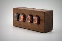 steampunk-nixie-clock-that-requires-little-power-9