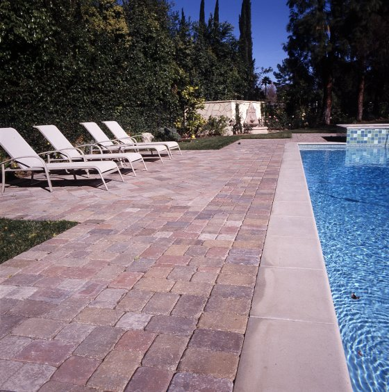 25 Stone Pool Deck Design Ideas | DigsDigs