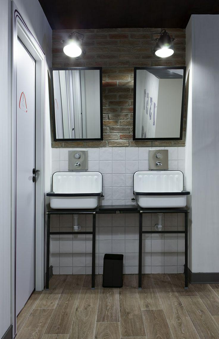 25 Industrial Bathroom Designs With Vintage Or Minimalist ... on Modern:kkgewzoz5M4= Small Bathroom  id=14764