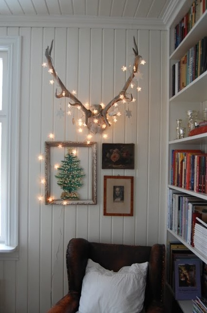 Romantic Room Ideas: 28 String Lights Ideas For Your Holiday Décor