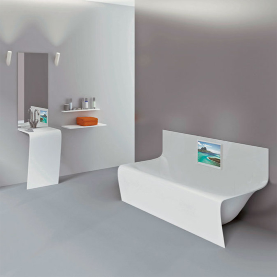 5 cool bathtubs with built in tvs digsdigs for Soaker tub definition