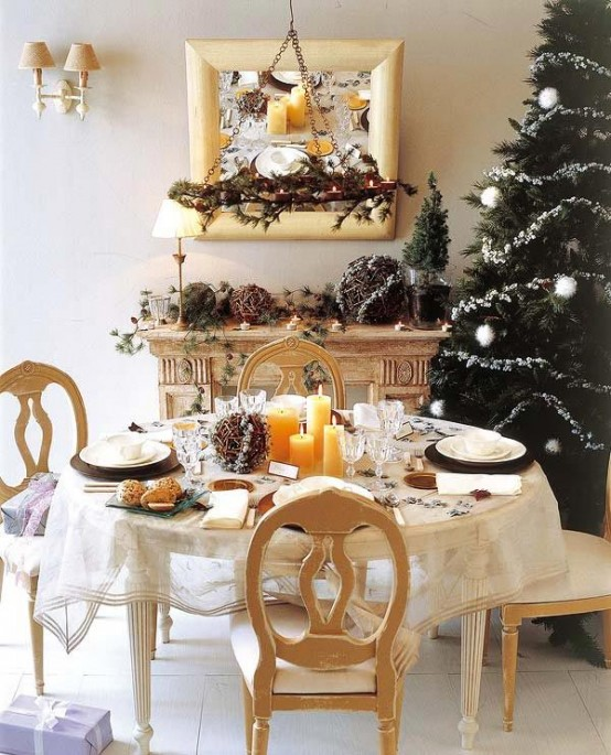 Holiday Dining Room Decorating Ideas Part - 27: Stunning Christmas Dining Room Decor Ideas