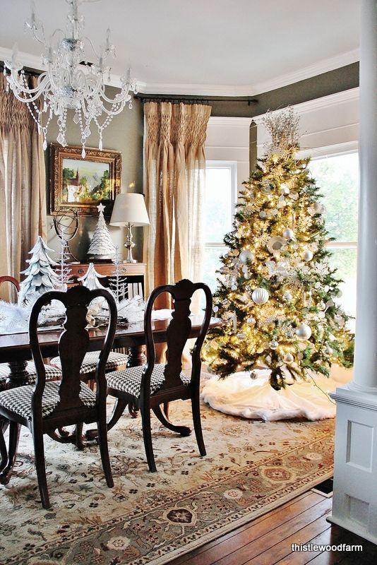 37 Stunning Christmas Dining Room D Cor Ideas Digsdigs
