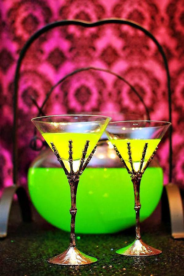 23 Stunning Neon Halloween Dcor Ideas 23