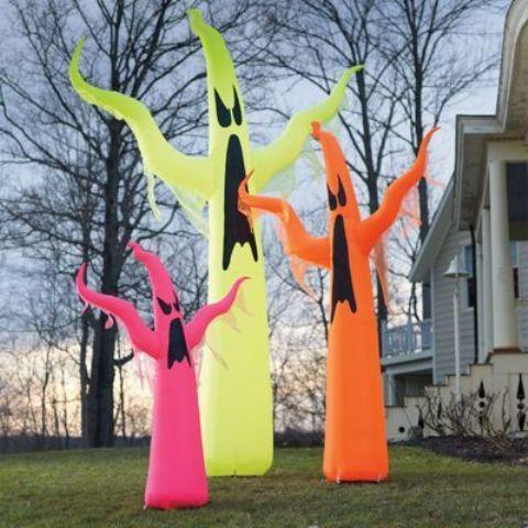 Stunning Neon Halloween Decor Ideas
