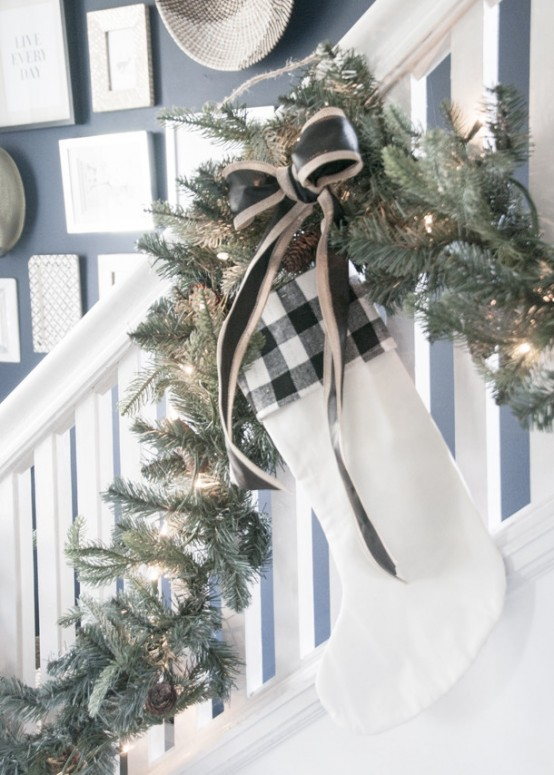 Stylish And Charming Black And White Christmas Entryway