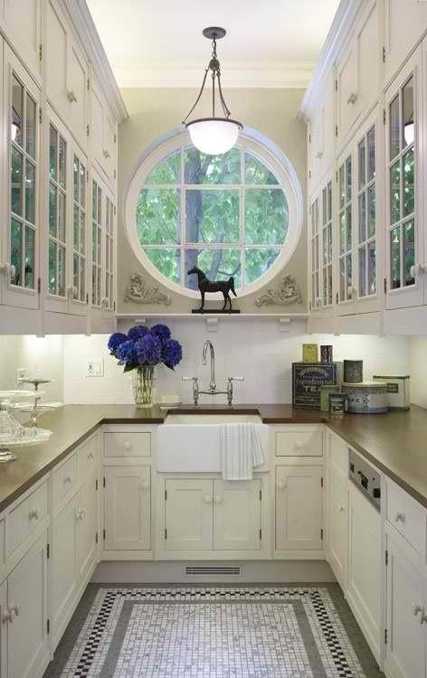 31 Stylish And Functional Super Narrow Kitchen Design Ideas - DigsDigs