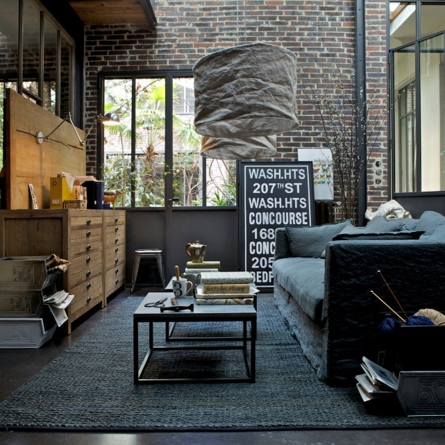 30 stylish and inspiring industrial living room designs digsdigs. Black Bedroom Furniture Sets. Home Design Ideas