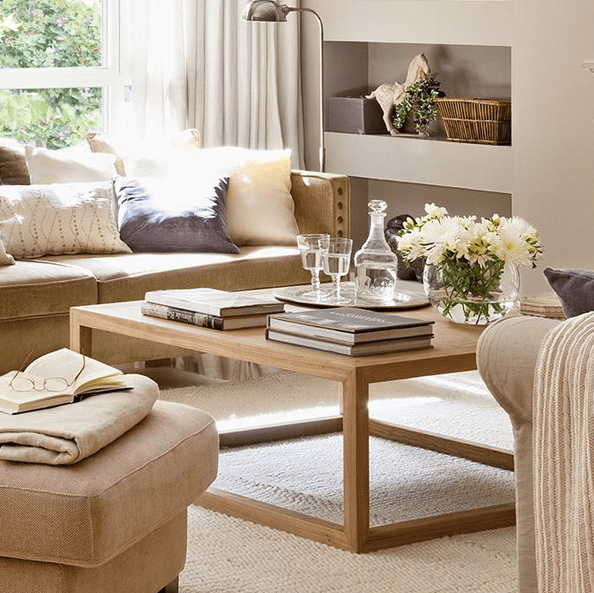 26 Stylish And Practical Coffee Table Decor Ideas | DigsDigs