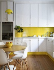 stylish-andatmospheric-mid-century-modern-kitchen-designs-11