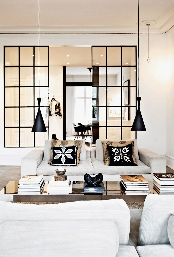 Stylish Apartment Interior Design With An Eastern Touch