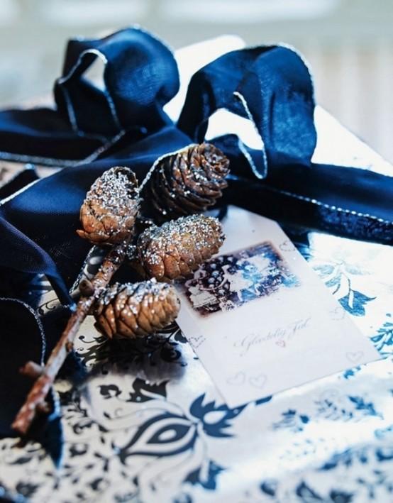 Stylish Black And White Christmas Decor