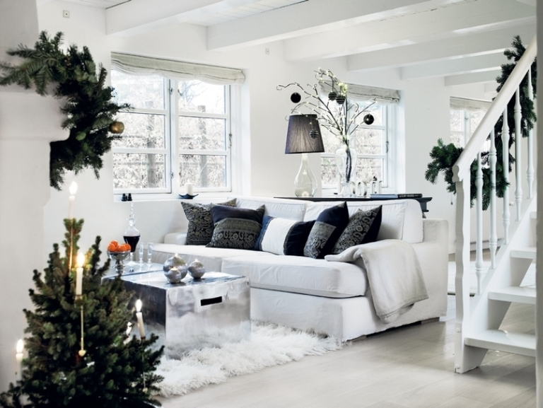 Stylish black grey and white minimalist house in denmark for Interior home christmas decorations