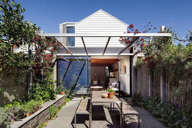 Stylish Hipster House With Laconic Design