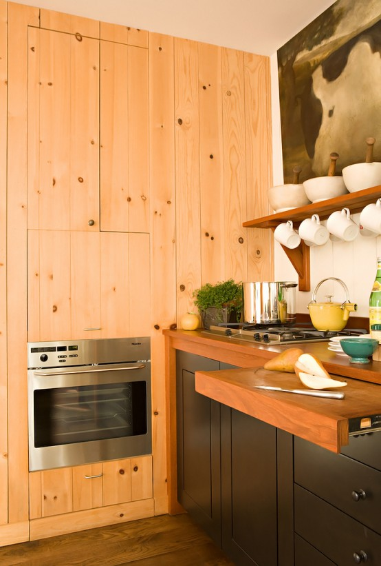 Stylish Kitchen Design In Warm Shades