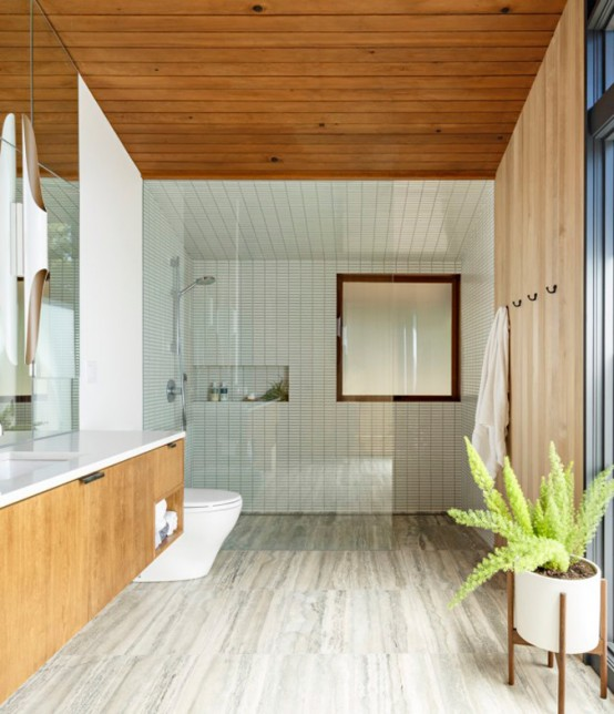 Stylish Mid-Century House With Warm-Colored Wood Decor