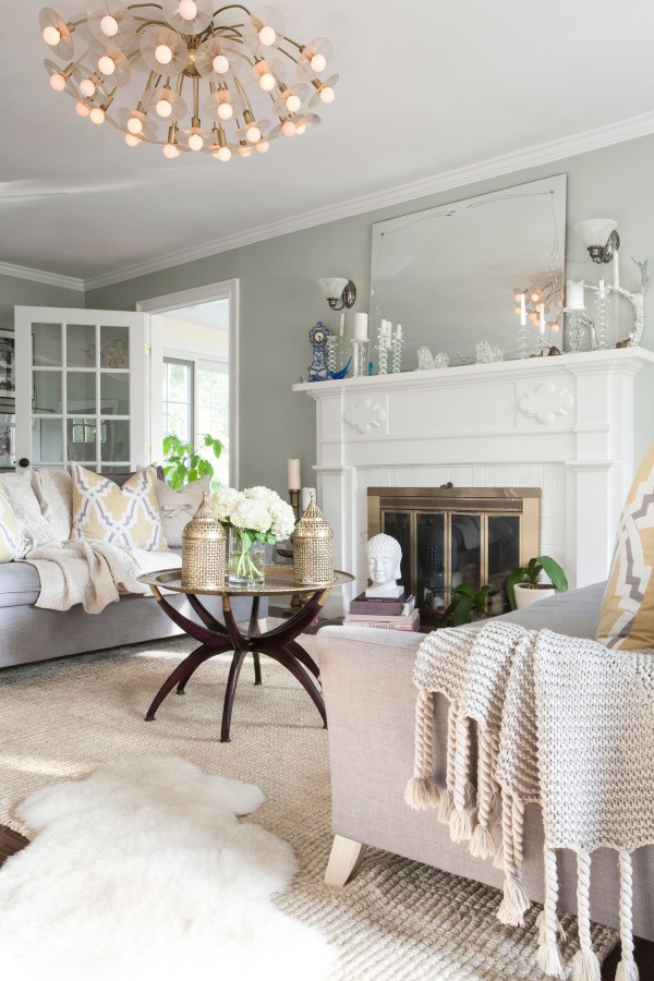 35 stylish neutral living room designs digsdigs for Neutral green living room