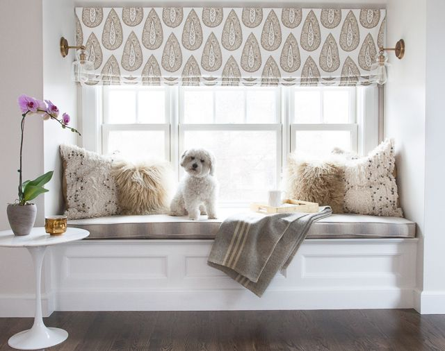 a printed neutral Roman shade is a lovely idea to add print to the space and make this windowsill much more private