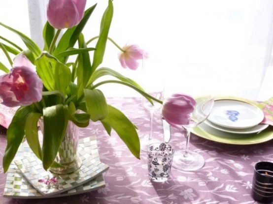 a simple pink tulip centerpiece is a cool idea for spring