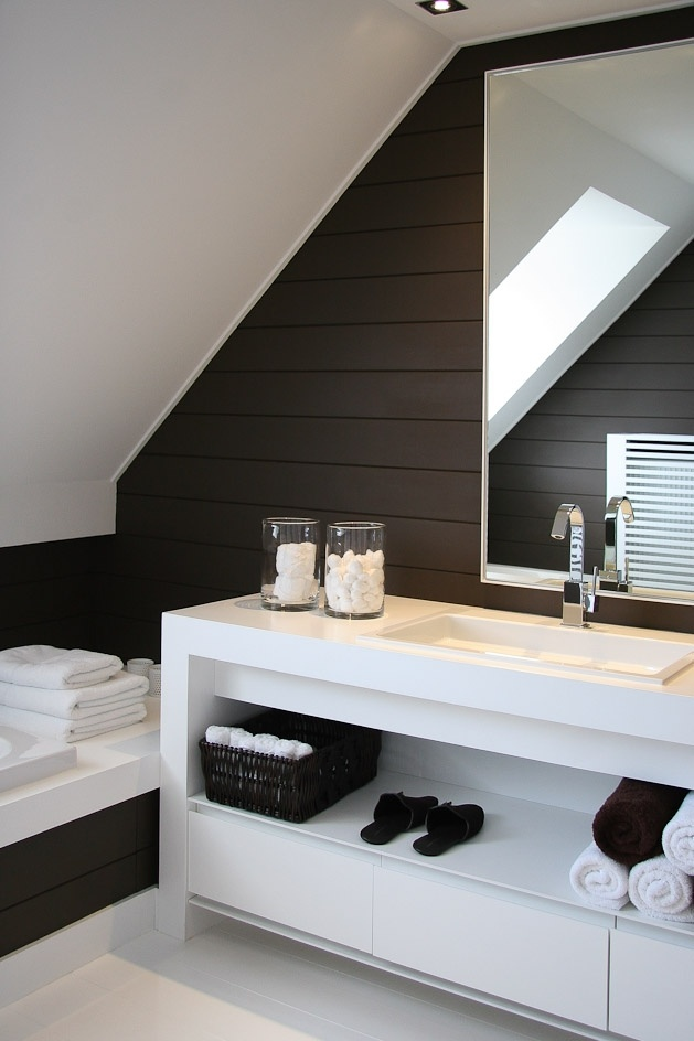 cool attic bedroom designs - 76 Stylish Truly Masculine Bathroom Décor Ideas