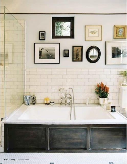 Dark, rough wood tub's cover is a single thing that can completely change the look of a bathroom.