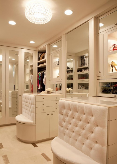 Stylish Walk In Closets. Mirror Doors Is A Great Idea If You Donu0027t Want To  Waste The Space
