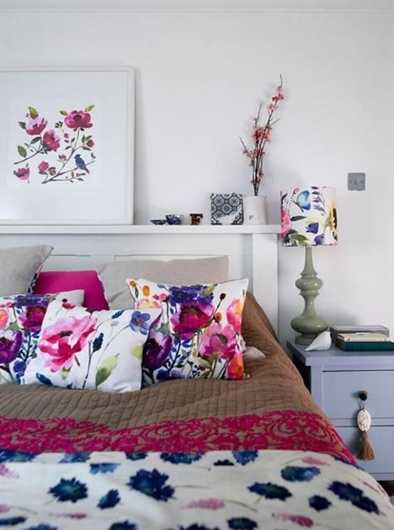 Subtle And Delicate Watercolor Home Decor Ideas