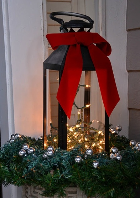 Super Cool Outdoor Decor Ideas With Christmas Lights - 26 Super Cool Outdoor Décor Ideas With Christmas Lights - DigsDigs