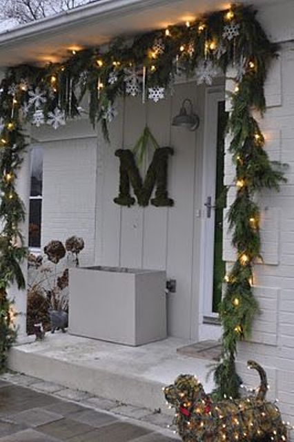 Luxury Super Cool Outdoor Decor Ideas With Christmas Lights