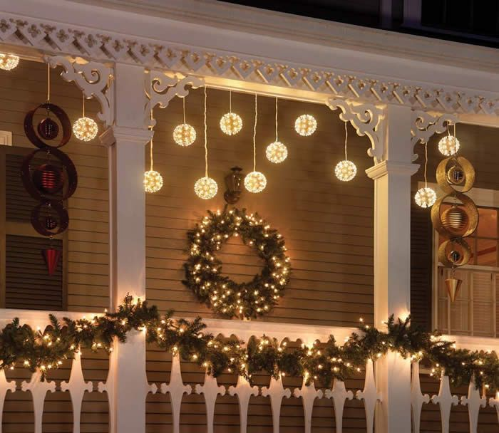 26 Super Cool Outdoor D Cor Ideas With Christmas Lights Interior Decorating And Home Design Ideas