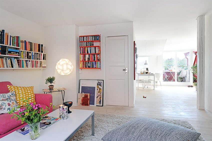 Picture of sweden apartment desgin with cool balcony for 10 square meters room