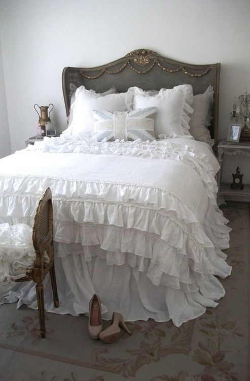 picture of sweet shabby chic bedroom decor ideas