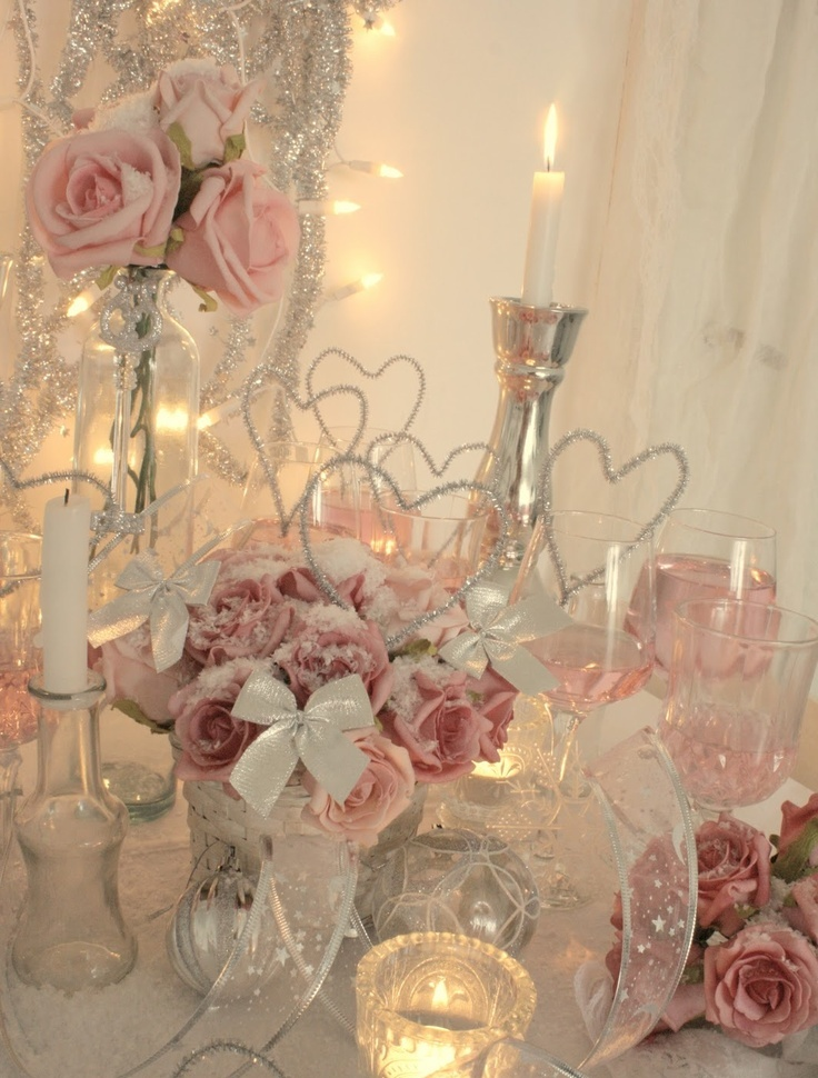 40 sweet shabby chic valentine s day d cor ideas digsdigs for Tableaux shabby chic