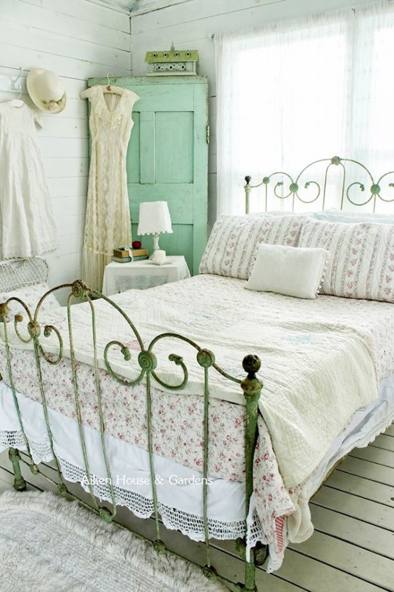 Superb Sweet Vintage Bedroom Decor Ideas To Get Inspired