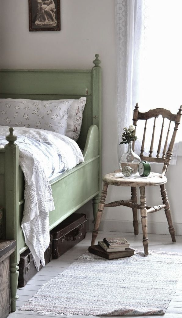 Picture of sweet vintage bedroom decor ideas to get inspired for Antique bedroom ideas