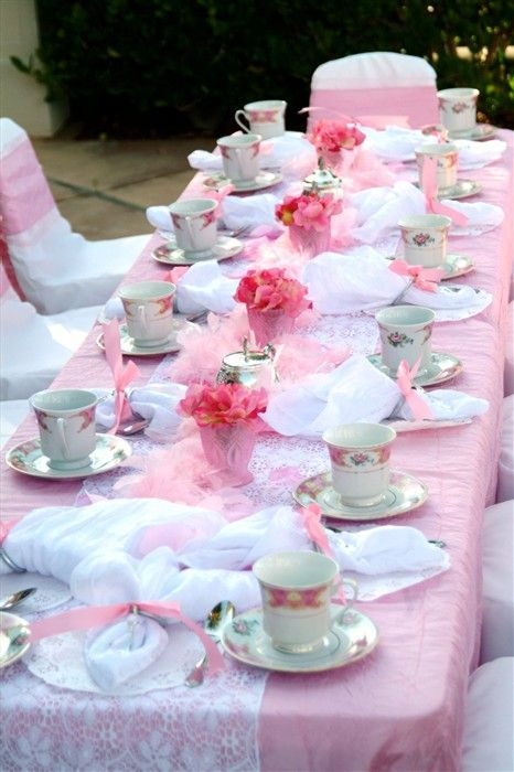 Sweetest Baby Shower Table Settings To Get Inspired