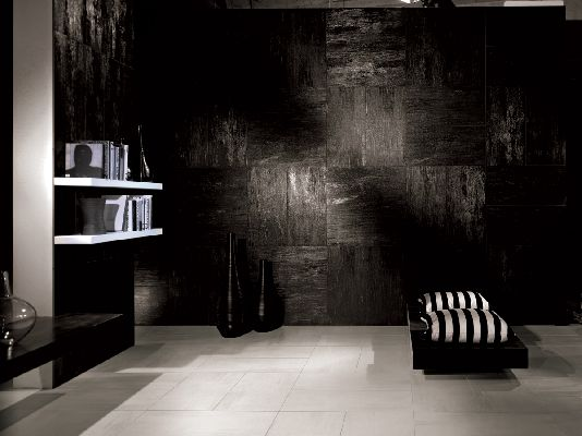 Tagline Lignite Black Wall