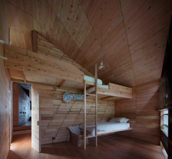 Tasmania Rustic House Totally Of Natural Wood