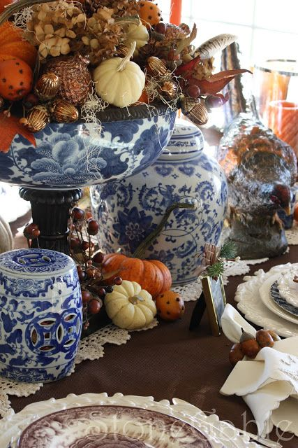 elegant blue and white porcelain is a chic idea for a stylish and elegant Thanksgiving tablescape