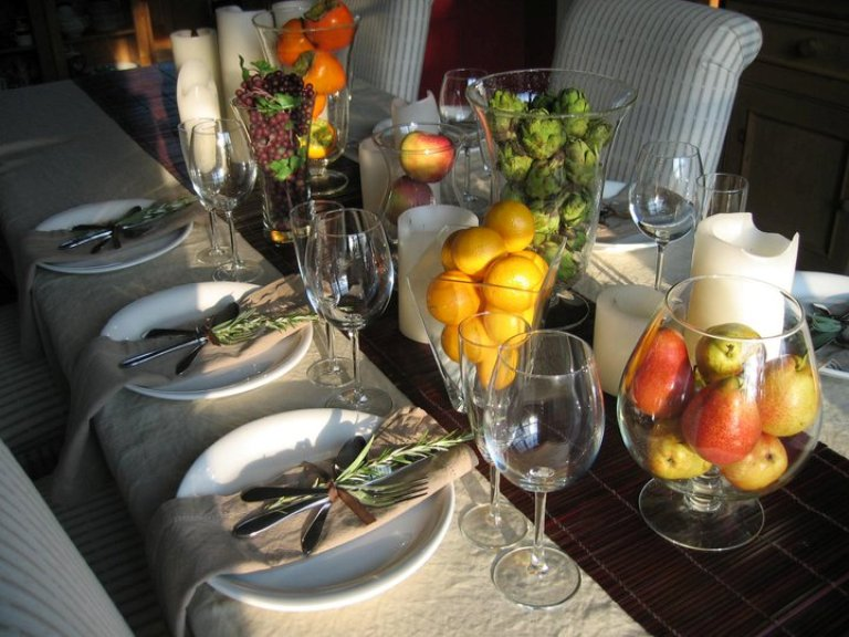 ... decorating a table for kids, check out these cool thanksgiving table