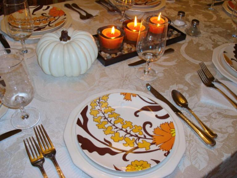 26 thanksgiving table decorations digsdigs How to set a thanksgiving dinner table