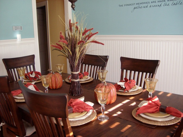 26 thanksgiving table decorations digsdigs Simple thanksgiving table decorations