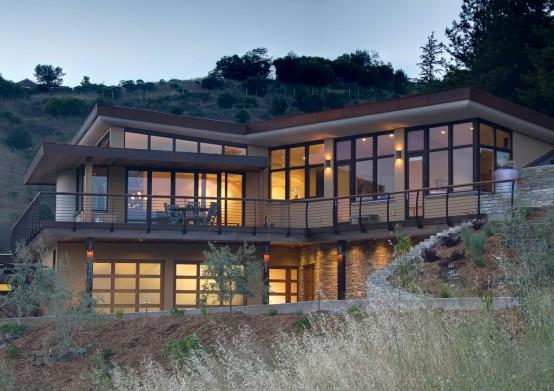 Three Level House for Three Family Generations