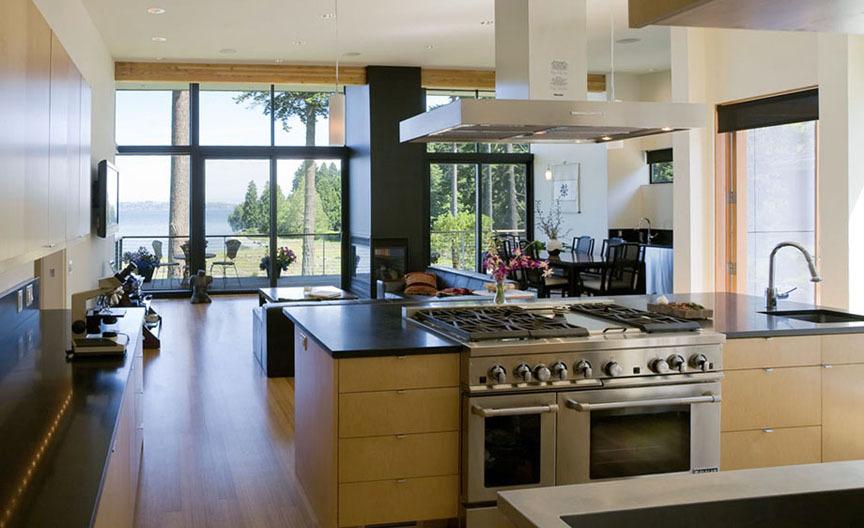 Three Level Waterfront Modern Home – Bainbridge Island