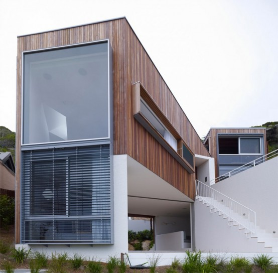 Three Levels House on the Slope – Whale Beach House