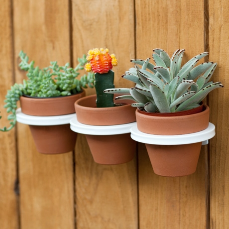 Three Ring Mountable White Planter