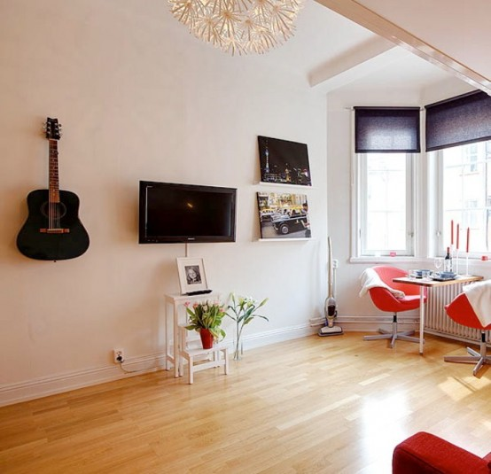 Tiny 21 Square Meter Apartment In Red
